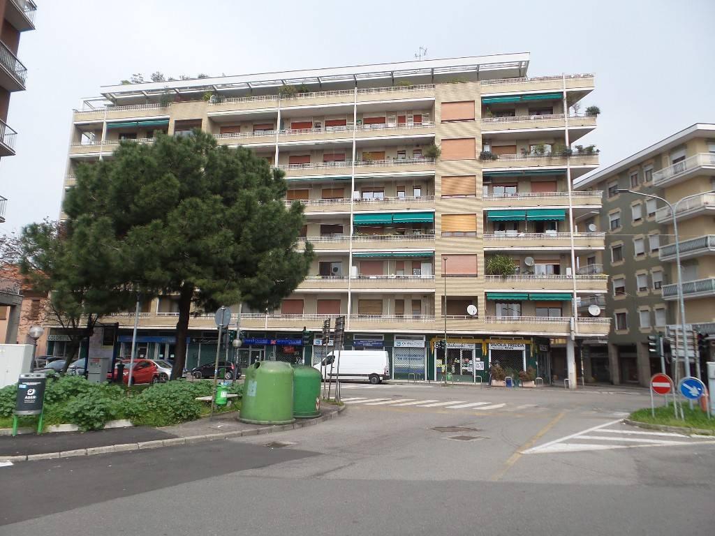 Appartamento in buone condizioni in vendita Rif. 7928244