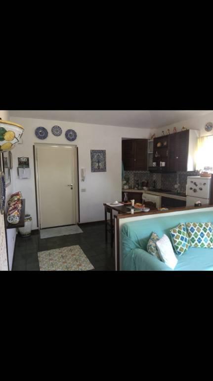 Appartamento in ottime condizioni parzialmente arredato in vendita Rif. 8778418