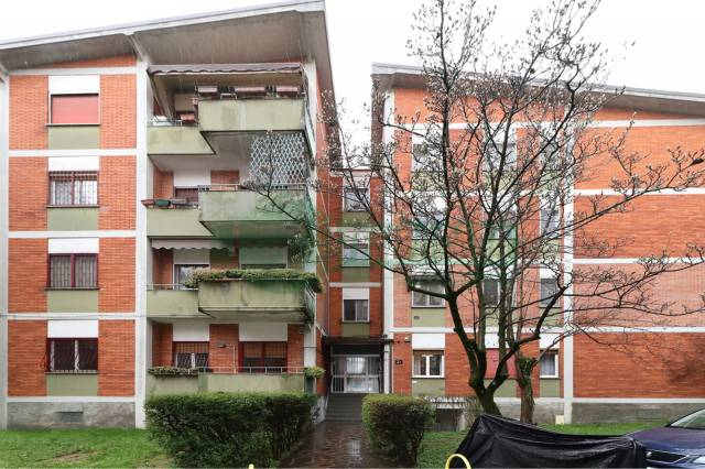 Appartamento in ottime condizioni in vendita Rif. 6053885