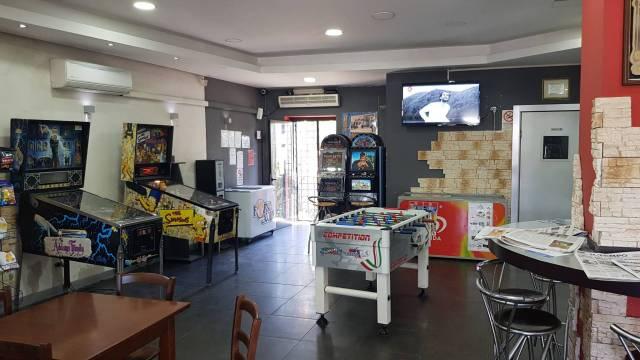 Bar tavola calda - fredda monolocale in vendita a Vitorchiano (VT)