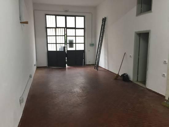 Magazzino monolocale in affitto a Prato (PO)