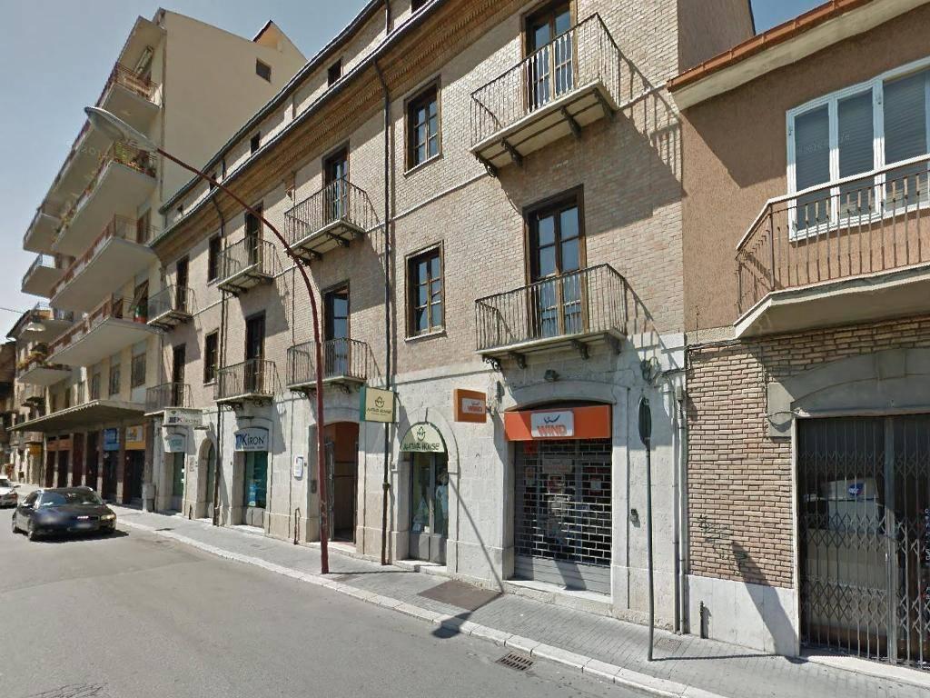 VENDITA/AFFITTO - Uffici e locali deposito in via Mazzini Rif. 8579568