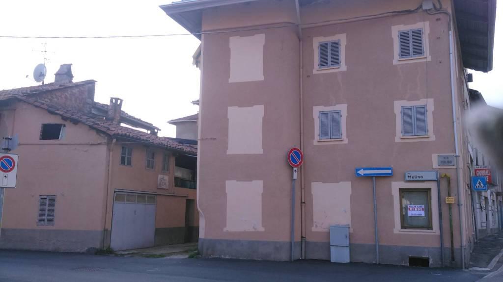 Casa Indipendente in buone condizioni in vendita Rif. 8271696
