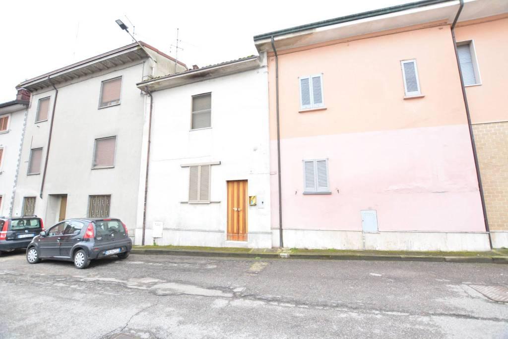 Casa Indipendente da ristrutturare in vendita Rif. 6068906