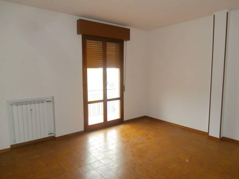 Appartamento in buone condizioni in vendita Rif. 6101650