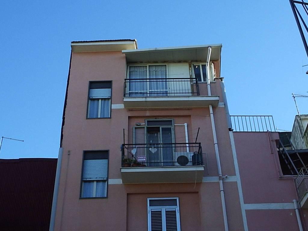 Casa Indipendente in buone condizioni in vendita Rif. 6104427