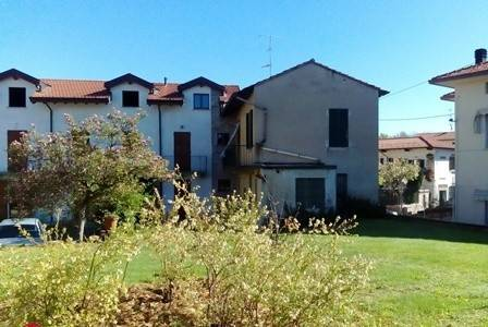 Rustico / Casale in vendita a Mornago, 3 locali, prezzo € 105.000   PortaleAgenzieImmobiliari.it