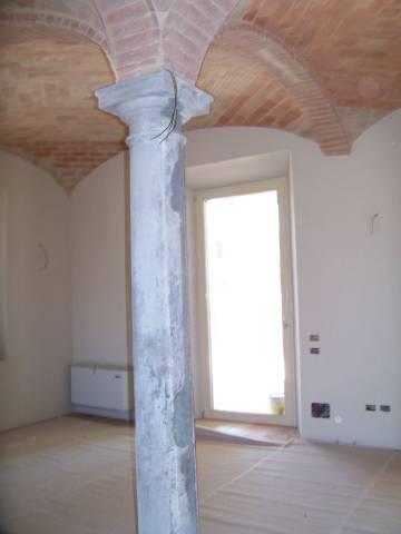 Rustico in Vendita a Parma: 5 locali, 205 mq