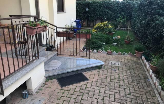 Appartamento in ottime condizioni in vendita Rif. 6107375