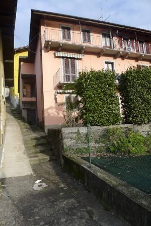 Casa Indipendente da ristrutturare parzialmente arredato in vendita Rif. 4942133