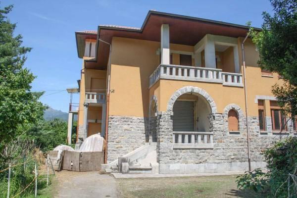 Casa indipendente 6 locali in vendita a Quarona (VC)