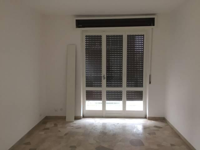 Appartamento in buone condizioni in affitto Rif. 6108211