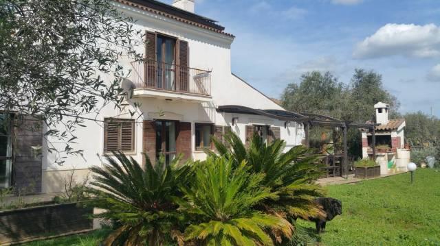 Villa in ottime condizioni arredato in vendita Rif. 6946958
