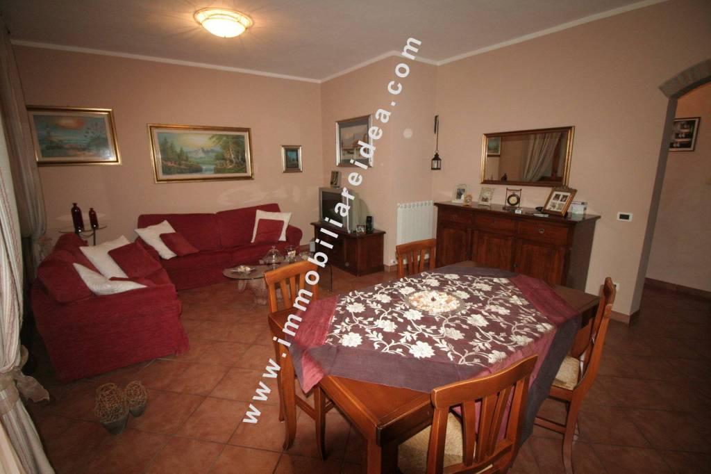 Appartamento in Vendita a Rosignano Marittimo Centro: 4 locali, 80 mq