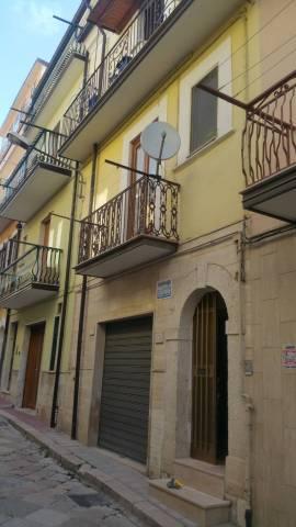 Casa Indipendente in buone condizioni in vendita Rif. 6946959