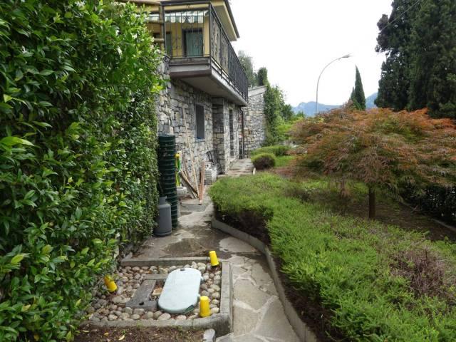 Villa bilocale in vendita a Varenna (LC)