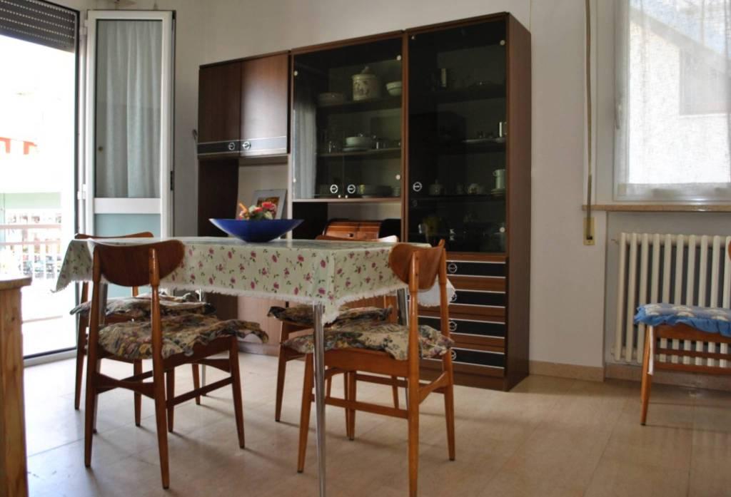 Villa 6 locali in vendita a Riccione (RN)