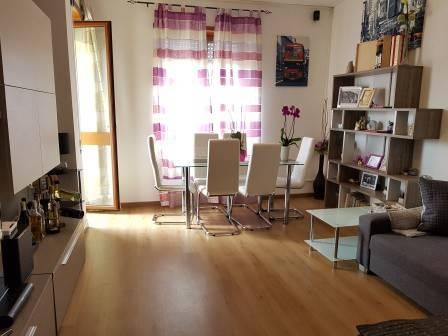 Appartamento in ottime condizioni in vendita Rif. 6121825