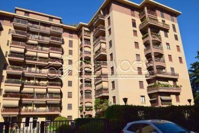 Appartamento in ottime condizioni in vendita Rif. 6123467