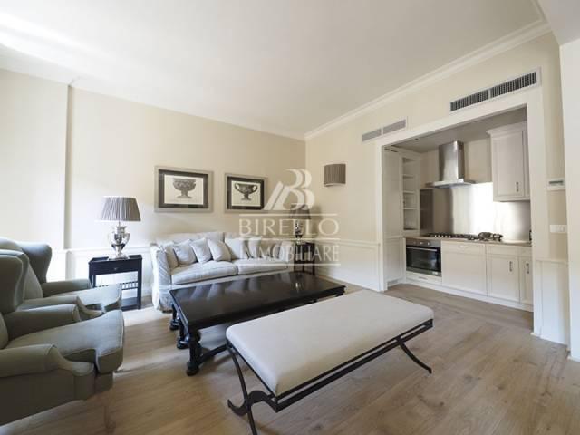 Appartamento in Affitto a Firenze Centro: 5 locali, 110 mq