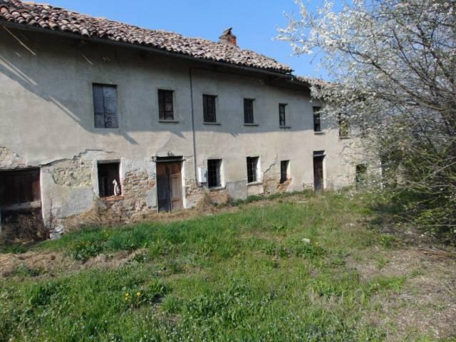 Rustico / Casale in vendita a San Marzano Oliveto, 5 locali, prezzo € 30.000 | CambioCasa.it