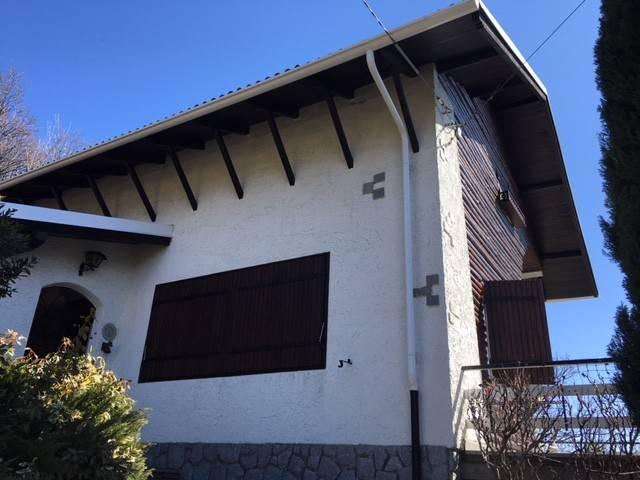 Villa in buone condizioni parzialmente arredato in vendita Rif. 6145047