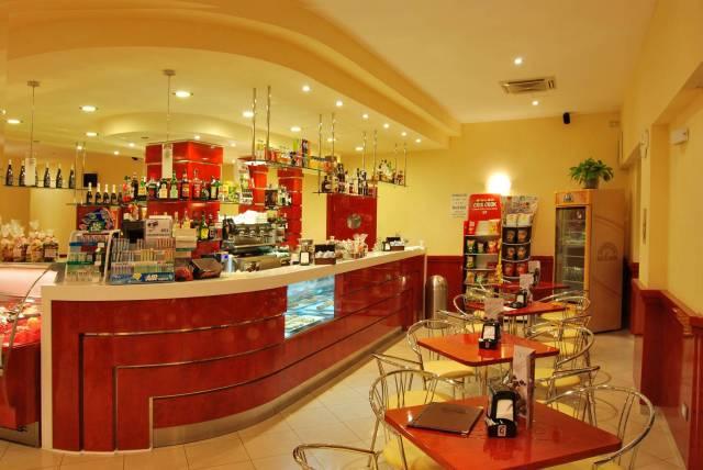 BAR, caffetteria, cornetteria, gelateria, creperia, pizzeria