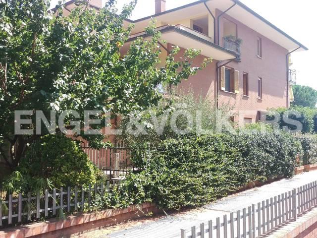 Villetta in Vendita a Castiglione Del Lago: 4 locali, 191 mq