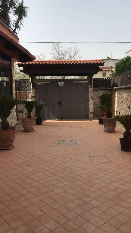 Appartamento in ottime condizioni in affitto Rif. 8549674
