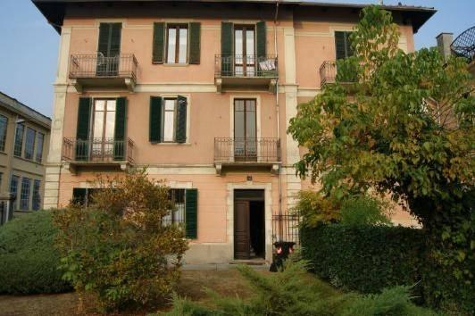 Appartamento in vendita a Lanzo Torinese, 6 locali, prezzo € 125.000 | CambioCasa.it
