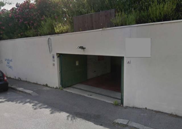 Posto-box auto in Vendita a Genova Semicentro Est: 1 locali, 28 mq