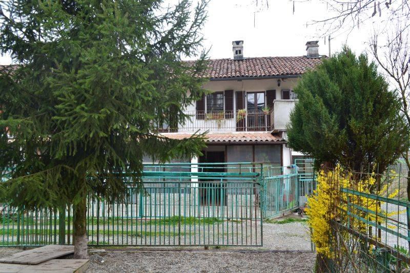 Soluzione Indipendente in vendita a San Sebastiano da Po, 5 locali, prezzo € 159.000 | CambioCasa.it