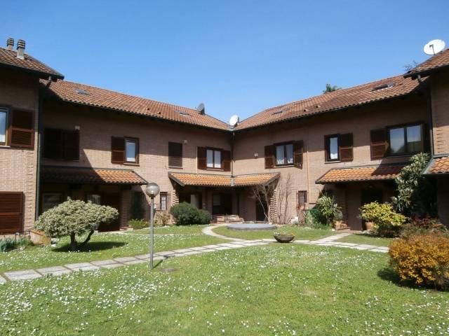 Villa a Schiera in vendita a Vizzolo Predabissi, 4 locali, prezzo € 410.000 | CambioCasa.it