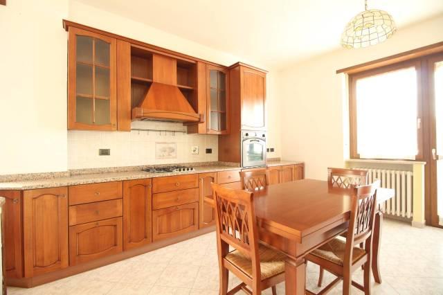 Appartamento in ottime condizioni arredato in affitto Rif. 6004437