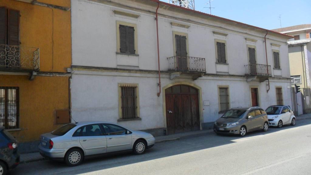 Rustico / Casale in buone condizioni in vendita Rif. 7323170