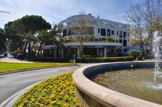 Appartamento in Vendita a Cesenatico Centro: 4 locali, 110 mq