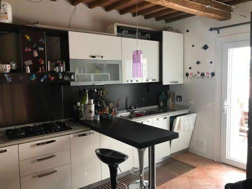 Appartamento in ottime condizioni parzialmente arredato in vendita Rif. 8287981