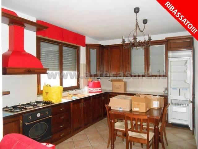 Appartamento in vendita a San Giorgio su Legnano, 3 locali, prezzo € 155.000 | Cambio Casa.it