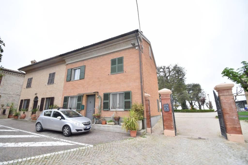 Casa Indipendente in buone condizioni arredato in vendita Rif. 6170758
