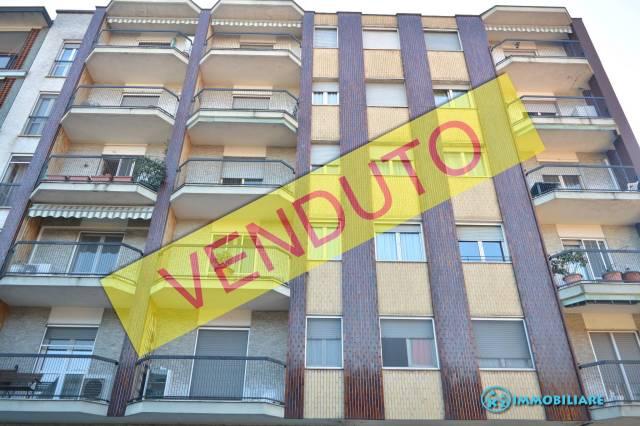 Appartamento da ristrutturare in vendita Rif. 5559393