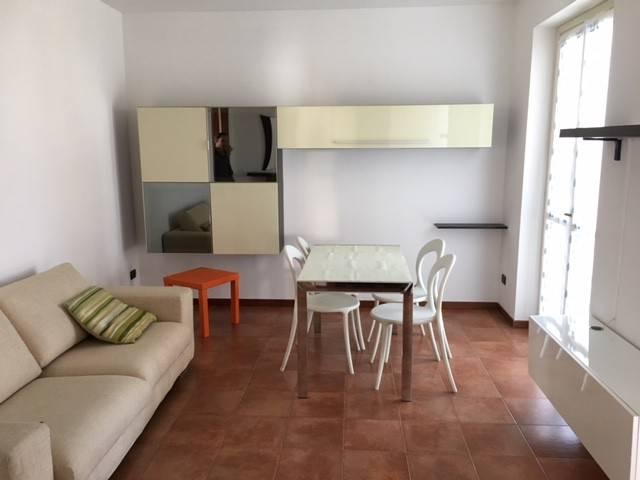 Appartamento in buone condizioni in vendita Rif. 6171815