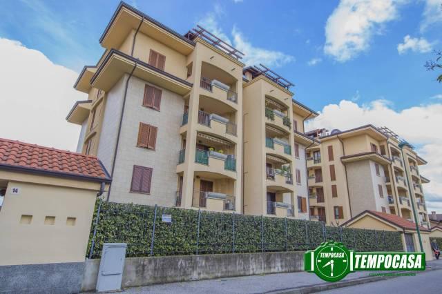 Appartamento in ottime condizioni in vendita Rif. 6173661