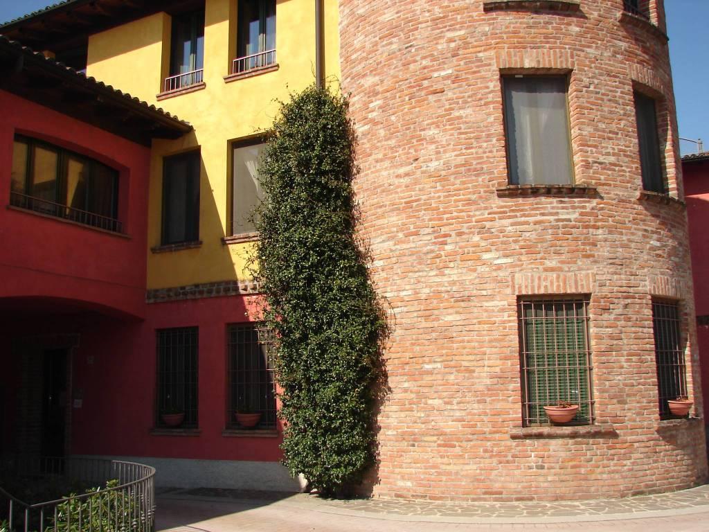 Appartamento in ottime condizioni in vendita Rif. 6214112