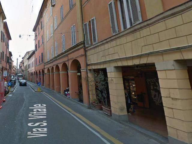 Negozio-locale in Affitto a Bologna Centro: 1 locali, 25 mq