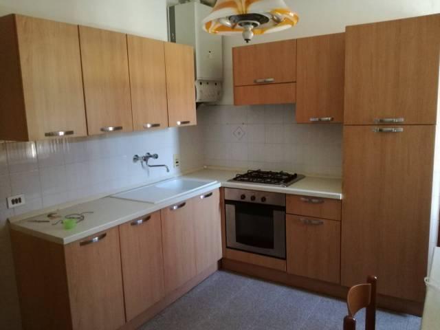 Appartamento in vendita a Castel Boglione, 4 locali, prezzo € 58.000 | CambioCasa.it