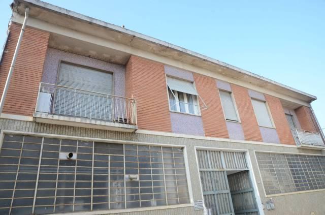 Appartamento in buone condizioni in affitto Rif. 6208043