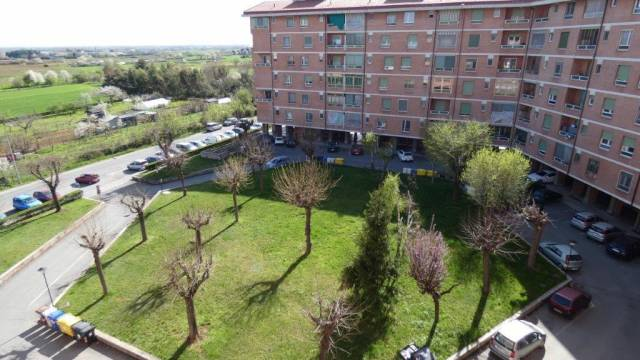 Appartamento in vendita a Piossasco, 4 locali, prezzo € 119.000   CambioCasa.it