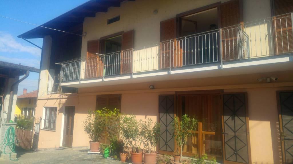 Appartamento in affitto a Caluso, 2 locali, prezzo € 350 | CambioCasa.it
