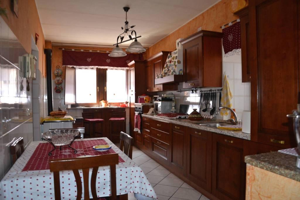 Casa Indipendente in ottime condizioni in vendita Rif. 6212387