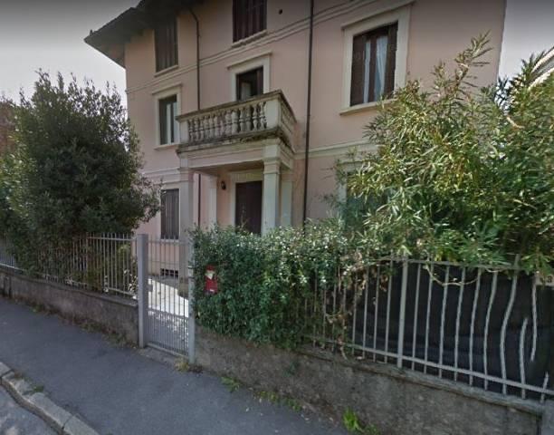 Appartamento in ottime condizioni in affitto Rif. 6203995